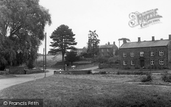 Byfield, the Cross Roads c1955