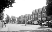 Byfleet, High Road c1960