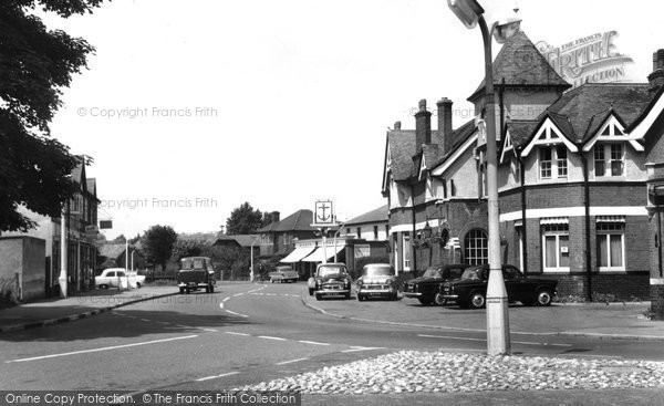 Photo of Byfleet, High Road c1965