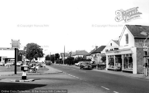 Photo of Byfleet, Oyster Lane c1965