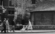 Cambridge, Pedestrians c.1955