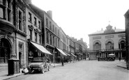 Carmarthen, Guildhall Square 1925