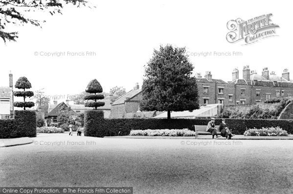 Photo of Cheshunt, Grundy Park c1955
