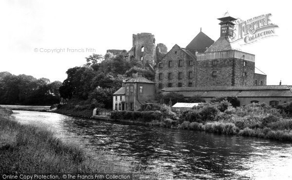 Photo of Cockermouth, Castle c1960