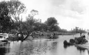 Colchester, Castle Gardens River Colne 1904