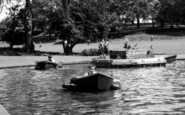 Colchester, Children On The Boating Pool c.1960