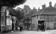 Compton, A Waggon In The Village 1904