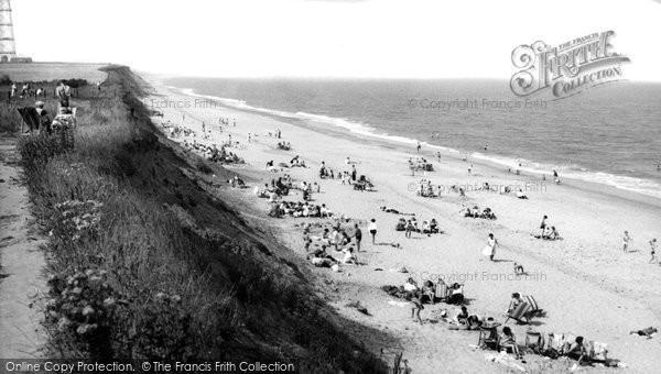 Corton, The Beach, Rogerson Hall Holiday Camp c.1960