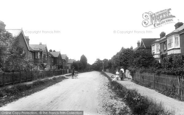Crawley, Perryfield Road 1907