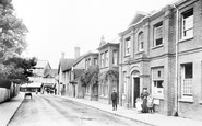 Crawley, Post Office Road 1907