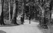 Darlington, Men In South End Avenue 1901