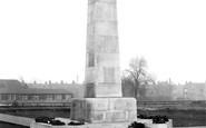 Darlington, War Memorial c.1935