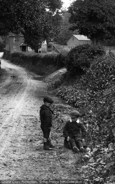 Dorking Boys In Coldharbour Lane 1907 Francis Frith