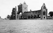 Dumfries, Sweetheart Abbey 1951