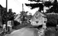 Example photo of Duntisbourne Abbots