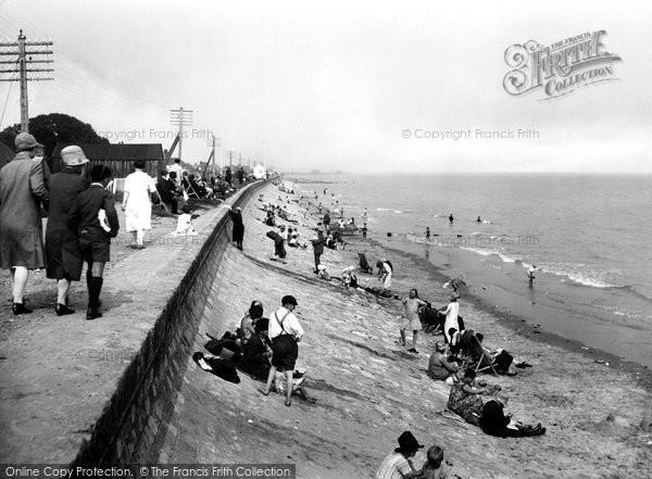 Dymchurch The Beach And Promenade 1927 Francis Frith