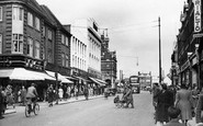Enfield, Church Street c.1945