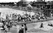 Enfield, The Open Air Swimming Pool c.1955