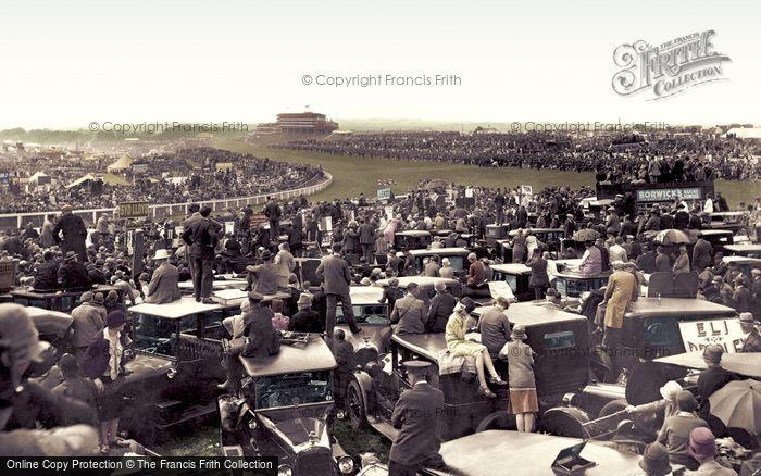 Epsom, Derby Day 1928