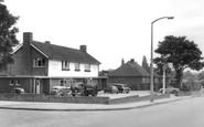 Ewell, the Jolly Waggoners c1965
