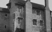 Example photo of Ewelme