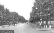 Farnborough, Queen's Avenue And Queens Parade 1928