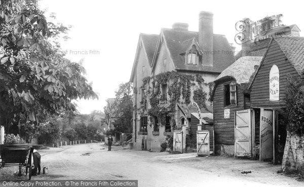 Gomshall, The Black Horse 1907