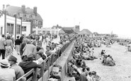 Gorleston, Promenade And Pier Hotel c.1965