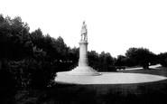 Gravesend, Gordon Statue 1902