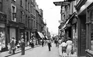 Gravesend, High Street c.1955