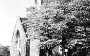Gravesend, Holy Trinity Church c.1955