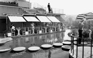 Guildford, the Roof Garden c1960