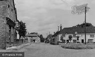 Haddenham, Fort End Square c.1955