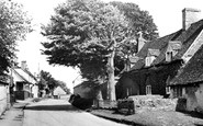Haddenham, Station Road c.1960