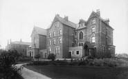 Harrogate, Cairn Hydro Establishment 1895