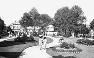 Harrogate, Crescent Gardens 1911