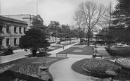 Harrogate, Crescent Gardens 1935