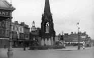 Harrogate, Queen Victoria Monument c.1950