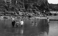 Hayle, Children, Towans Pool 1925