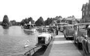 Henley-On-Thames, Pleasure Steamer On The Thames c.1955