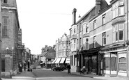 Henley-On-Thames, Reading Road And Duke Street c.1955