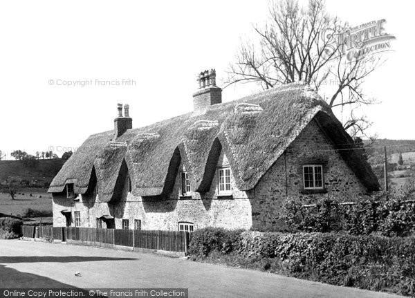 Horningsham, Old Cottages c.1955