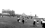 Hunstanton, Green And Pier 1907