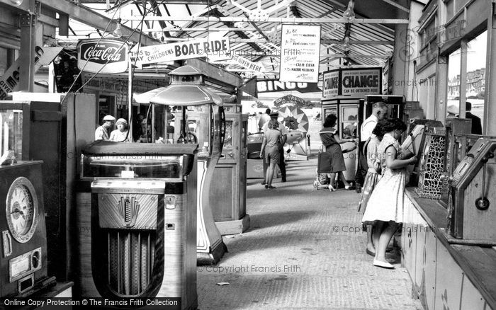 Hunstanton, The Fun Fair c.1955