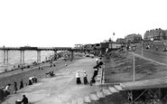 Hunstanton, The Green And Pier 1907
