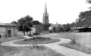 Kettering, Manor House Gardens 1922