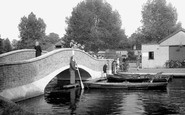 Kettering, The Bridge, Wicksteed Park c.1955