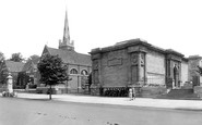 Kettering, The Library And The Alfred East Gallery 1922