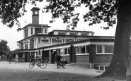 Kettering, The Pavilion, Wicksteed Park c.1955