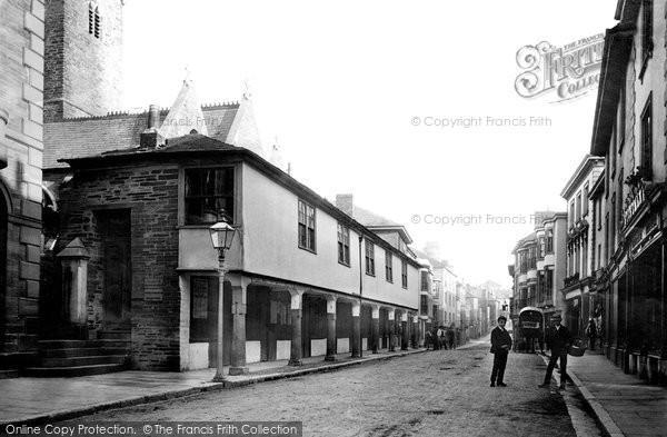 Kingsbridge market house and shambles 1890 francis frith for Kingsbridge house